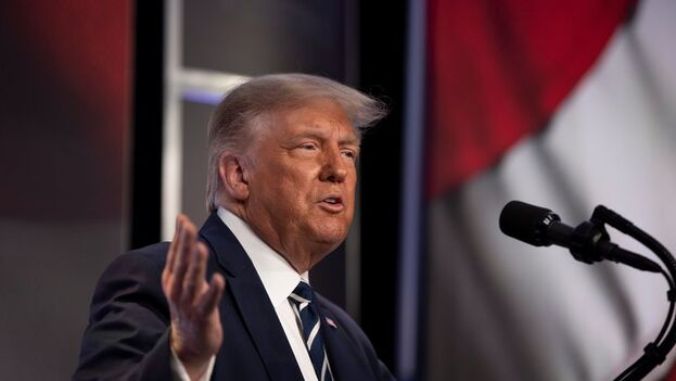 Donald Trump durante un evento del grupo conservador Consejo para la Política Nacional en Arlington, Virginia. (EFE/Tasos Katopodis)