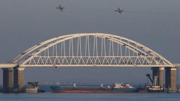 Rusia confirma haber capturado tres navíos ucranianos
