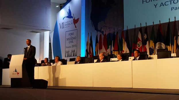 Presidente de Estados Unidos Barack Obama durante su intervención en clausura de Foro de Sociedad Civil, en la Cumbre de Panamá (Foto oficial)