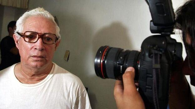 A principios de abril de 2003, le condenaron a 15 años de prisión durante la conocida Primavera Negra de Cuba por sus actividades como sindicalista y periodista independiente. (EFE)