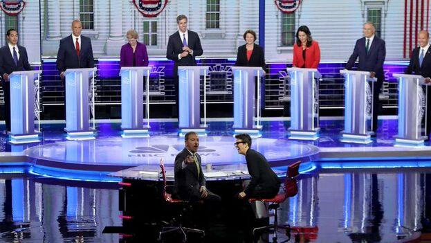 Primer debate demócrata este miércoles. Los candidatos son tan numerosos que este jueves habrá una segunda parte con la otra mitad de aspirantes. (NBC)