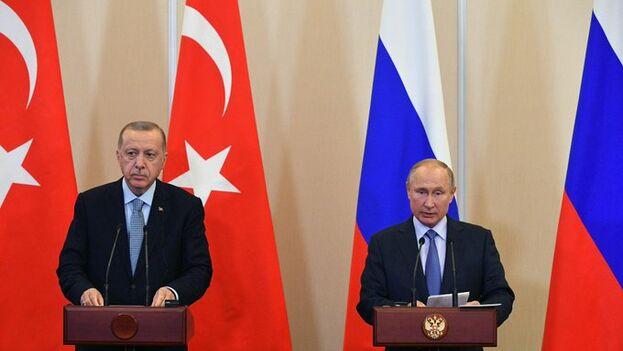 Putin y Erdogan sellaron en Sochi el acuerdo para el futuro de la zona. (Kremlin)