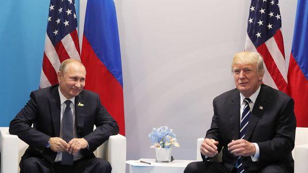 Putin y Trump se reúnen por primera vez de manera bilateral en el ámbito de la cumbre de líderes de estado y gobierno del G20. (EFE)