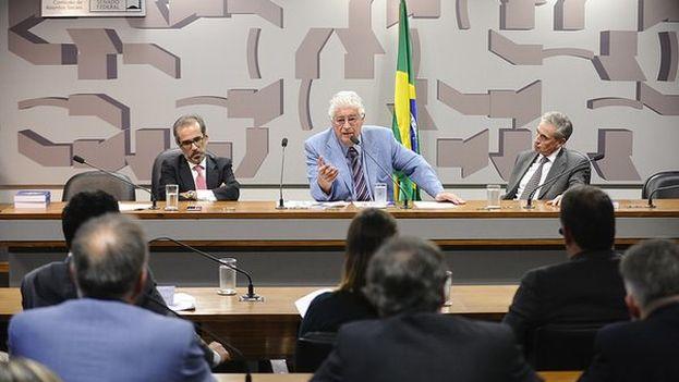 El eurodiputado Ramón Jáuregui ha publicado en twitter imágenes de su visita a Brasil, donde la delegación europea ha sido recibida por las instituciones, algo que no se espera en Venezuela. (@RJaureguiA)