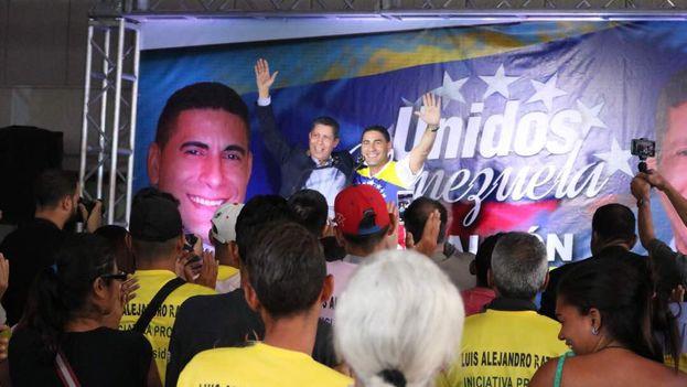 Ratti y Falcón sellaron ayer la unidad de su candidatura. El exchavista intentará sumar este miércoles a Berucci. (Henri Falcón)