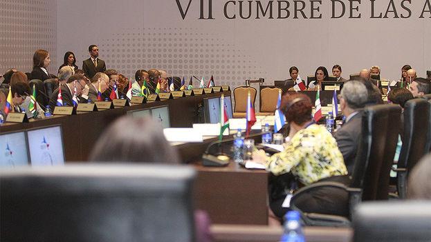 Reunión de Cancilleres de las Américas durante la Cumbre. (Cumbre de las Américas)