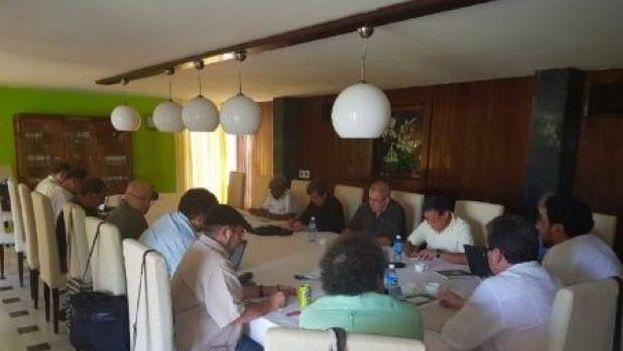 Reunión de las guerrillas ELN y FARC en La Habana. (Twitter)