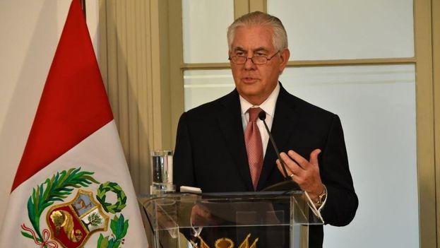 Rex Tillerson continúa su gira por Latinoamérica en Perú, donde se encontraba ayer cuando la cancillería cubana emitió su nota de rechazo a las palabras del secretario de Estado. (@StateDept)