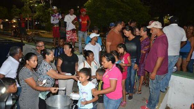 Los vecinos de Rioacha recelan de los numerosos venezolanos que han llegado a vivir allí. (Héctor Palacio )