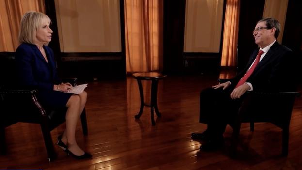 El canciller cubano, Bruno Rodríguez, durante la entrevista con Andrea Mitchell para 'NBC News'. (Captura)