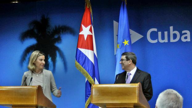 Bruno Rodríguez, canciller cubano, y Federica Mogherini, alta representante de la UE. (Archivo ACN)