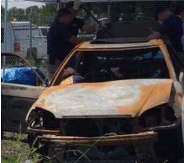 El vehículo en el que Rodríguez Sariol transportaba a ambas mujeres, un Honda Civic rojo,  fue encontrado en llamas en la carretera Interestatal 66. (Cortesía)