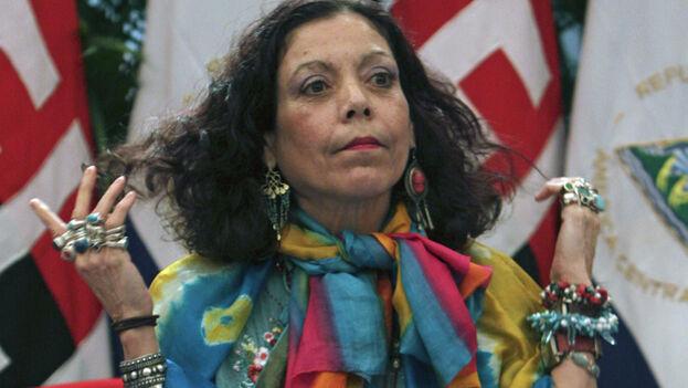 """Rosario Murillo dijo que su Gobierno está """"comprometido absolutamente con el fortalecimiento de la democracia y el respeto al orden constitucional""""."""