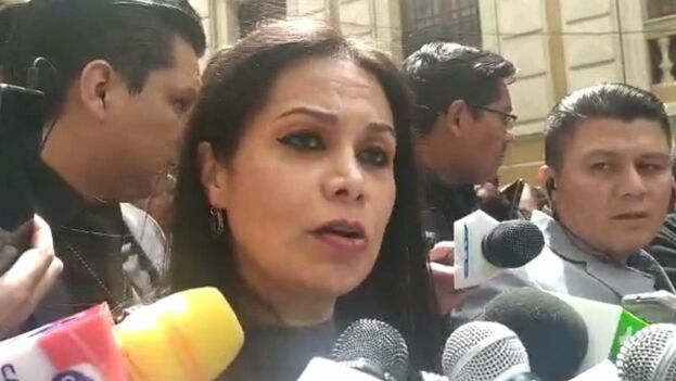 Roxana Lizárraga citó informaciones sobre la detención en las últimas horas en Bolivia de varios cubanos con miles de bolivianos, la moneda de Bolivia. (Captura)