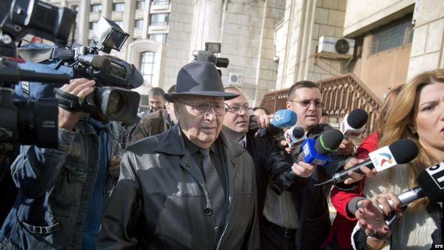 """El comandante de un campo de trabajo comunista en Rumanía, Ion Ficior, de 89 años, cumplirá una sentencia de 20 años de cárcel por """"crímenes contra la Humanidad"""". (EFE)"""