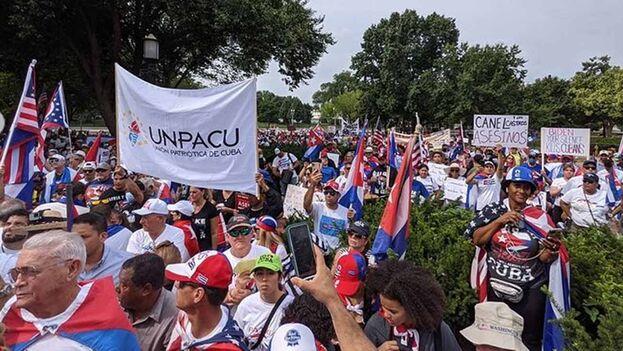 """""""Estamos pidiendo un SOS internacional para que la administración de Biden por favor mire hacia la Isla"""": Eliécer Góngora Izaguirre. (cubanosdelmundo)"""