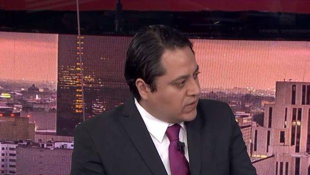 Rubén Salazar, director de Etellekt, durante una entrevista sobre el informe de Violencia Política en México. (@etellekt_)