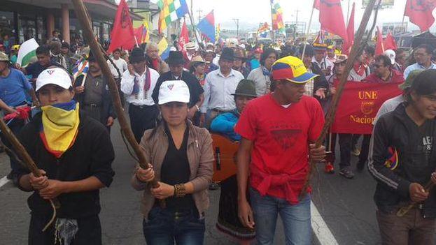 Salida de la manifestación indígena de Conaie el martes desde Machachi. (@CONAIE_Ecuador)