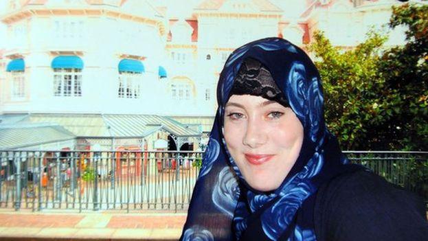 """La británica Sally Jones, conocida como la """"viuda blanca"""" e integrante del grupo terrorista Estado Islámico (EI). (Twitter)"""