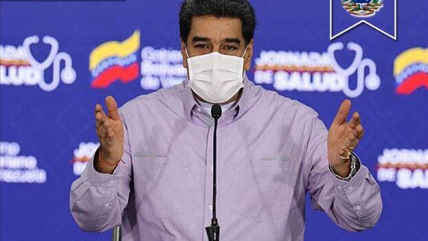 """La decisión fue tomada tras una """"reunión importante"""" entre el ministro de Salud venezolano, Carlos Alvarado, y """"la comisión de científicos rusos que está llevando adelante la vacuna Sputnik V"""". (@Nicolasmaduro)"""
