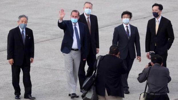 El secretario estadounidense de Salud, Alex Azar, en su visita a Taiwán. (EFE/EPA/Central News Agency)