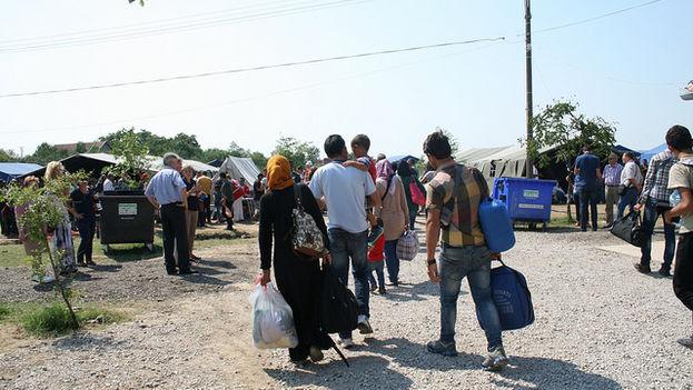 Cruz Roja atiende en Serbia a los refugiados que esperan entrar en la Unión Europea por la ruta de los Balcanes. (ICRC)
