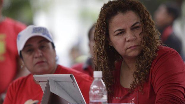 La ministra del Servicio Penitenciario, Iris Varela, elude su responsabilidad y señala las prisiones como un área que depende de las regiones. (@IrisVarelaANC)