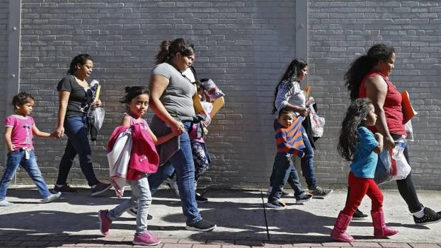 Solo entre el 19 de abril y el 15 de agosto pasados se produjo la separación de unas 6.000 familias. (EFE)