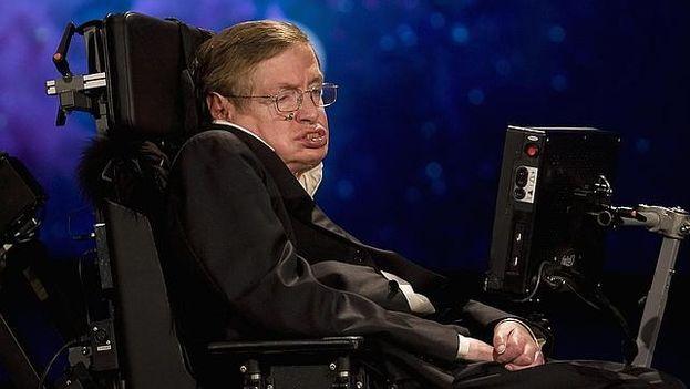 Stephen Hawking cumple 75 años en la cúspide de la fama. (EFE)