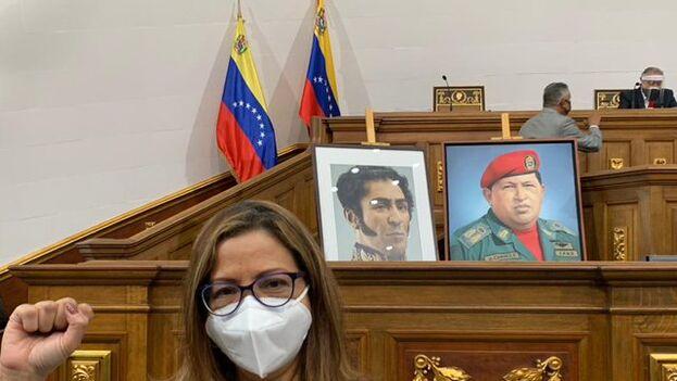 Tania Valentina Díaz, diputada chavista, este martes en la Asamblea. (@taniapsuv)