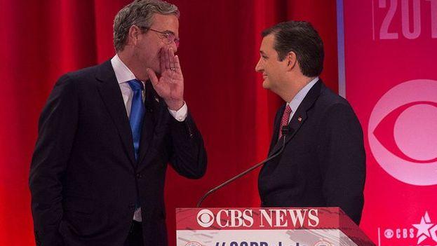 Ted Cruz y Jeb Bush en un debare del partido republicano. (Twitter)