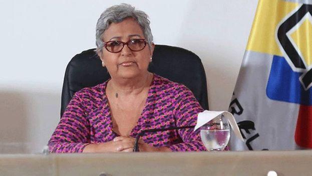"""Tibisay Lucena rechazó como una """"injerencia grosera"""" los llamados de varios países a desconocer el proceso electoral. (CNE)"""