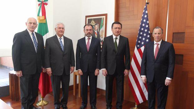 La visita de Tillerson y Kelly parece un respiro para Peña Nieto y sus colaboradores, o al menos una señal de que es posible negociar con la nueva Administración. (@SRE_mx)