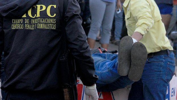 Toda la comunidad se alarmó cuando escucharon gritos de ayuda de la persona que vivía con Candelario Martínez. (upatadigital)