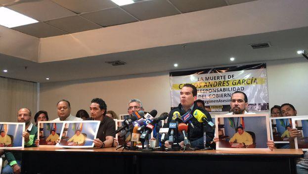 El diputado venezolano Tomás Guanipa denunció este lunes que los políticos opositores encarcelados son torturados por las autoridades. (@TomasGuanipa)