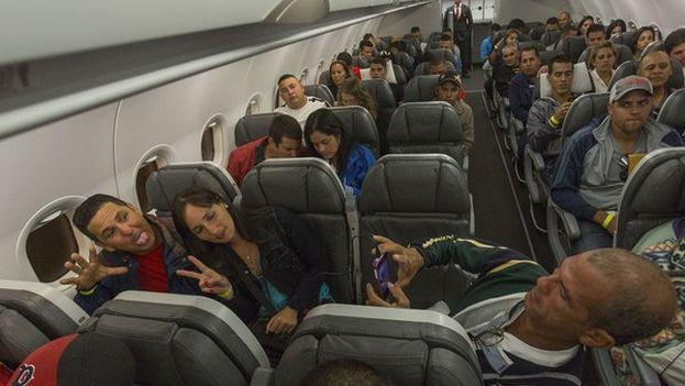Traslado de migrantes cubanos por rutas a El Salvador y México. (Presidencia de Costa Rica)