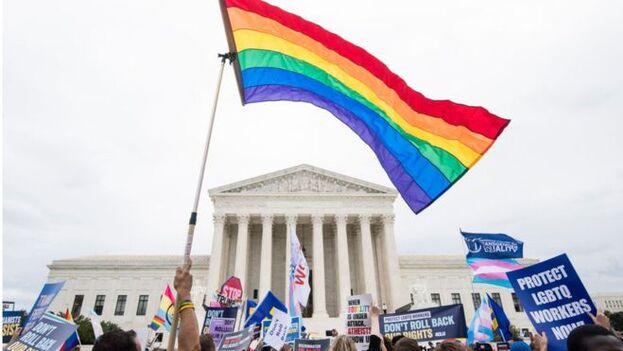 """Durante medio siglo, el Tribunal Supremo interpretó que la """"discriminación por sexo"""" solo se refería a las mujeres y, hasta ahora, no había considerado que también ampara a la comunidad LGTBIQ. (Equality Network)"""