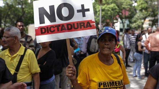 La decisión anterior del Tribunal Supremo provocó una ola de protestas en Venezuela. (EFE)