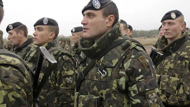 Tropas ucranianas en formación. (U.S. Army Europe Images)