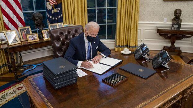 Trump incluyó de nuevo a la Isla en la lista negra a pocos días de que asumiera la Presidencia el demócrata Biden. (EFE)