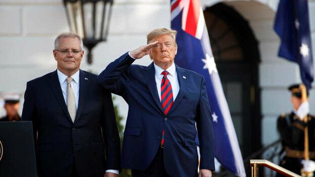 Trump habló con el primer ministro australiano, Scott Morrison, para desacreditar la investigación sobre la injerencia rusa. (EFE)