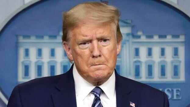 Trump se convierte así en único presidente en la historia de Estados Unidos que es enjuiciado políticamente en dos ocasiones. (EFE)