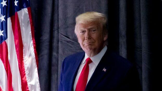 Trump sigue siendo impopular entre la mayoría de los latinos, el 68 % se opone al trabajo que está haciendo como presidente, según una encuesta de enero del centro Pew. (EFE)