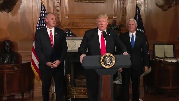 """El plan desvelado este miércoles cluye una """"enorme reducción"""" del 35% actual al 15% en el impuesto a las ganancias corporativas. (White House)"""