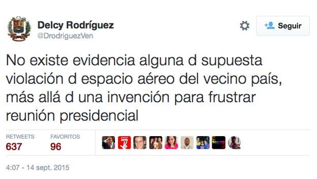 """Tuit de la canciller venezolana calificando de """"invención"""" la información ofrecida por el Ministerio de Defensa colombiano este domingo. (@DrodriguezVen)"""