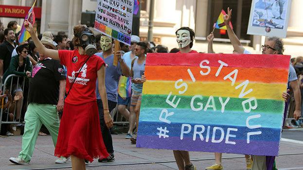 En Turquía no hay leyes contra la homosexualidad y en ciudades como Estambul y Ankara existe incluso un vibrante 'ambiente gay'. (EFE)
