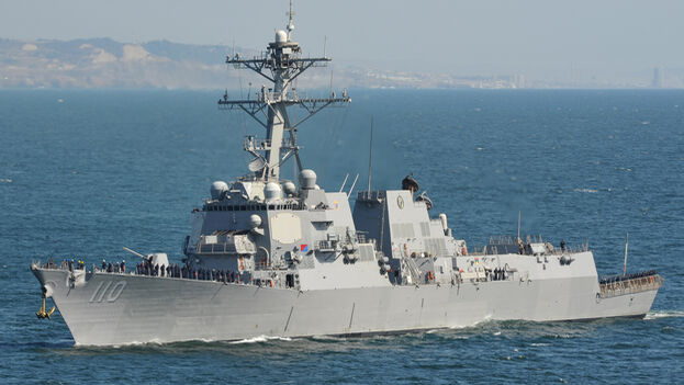 Buque 'USS William P. Lawrence' (DDG-110) de la Armada estadounidense, que patrullaba en aguas fronterizas de Venezuela. (US Navy)