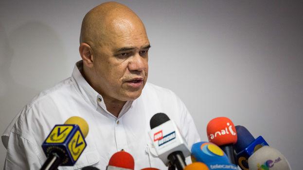 El secretario ejecutivo de la alianza opositora Mesa de la Unidad Democrática, Jesús Torrealba. (EFE)