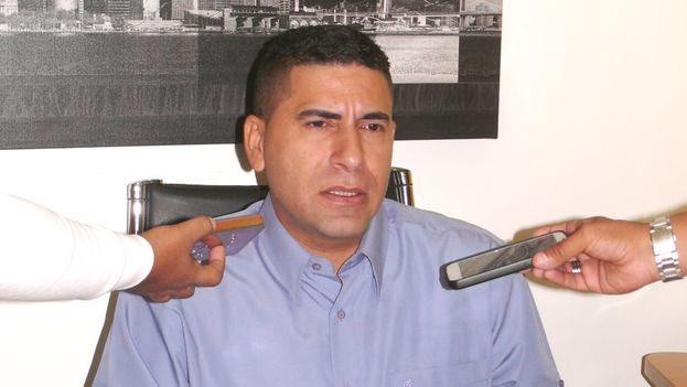 """Ratti culpó a la Mesa de la Unidad Democrática (MUD) de ser aliada del presidente Nicolás Maduro """"cuando llama a no votar"""". (@rattipresidente)"""