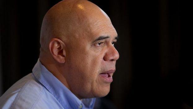 El secretario general de la Mesa de Unidad Democrática (MUD) Jesús Torrealba (EFE)